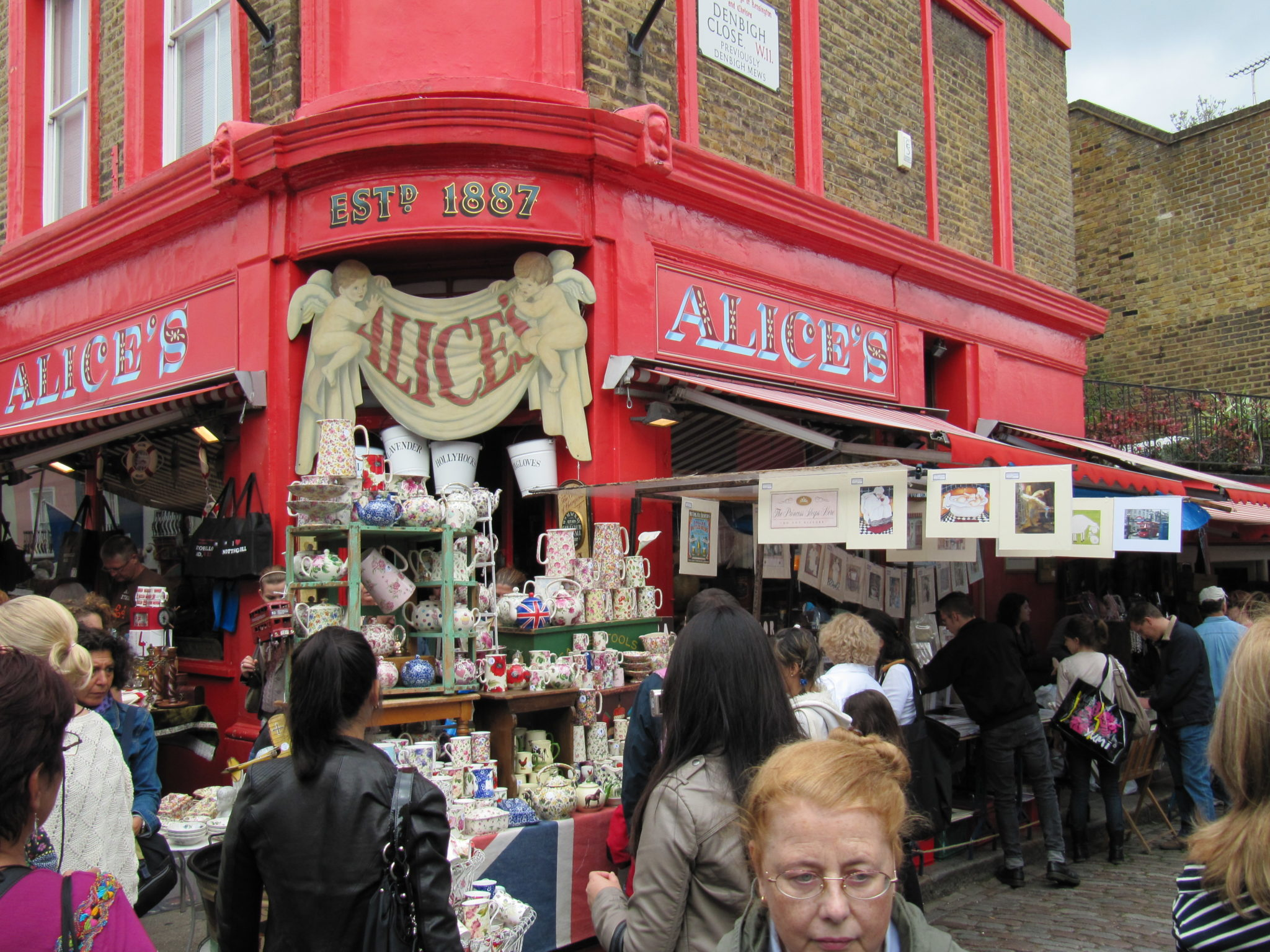 Teapots, teapots and more teapots, Portobello Road
