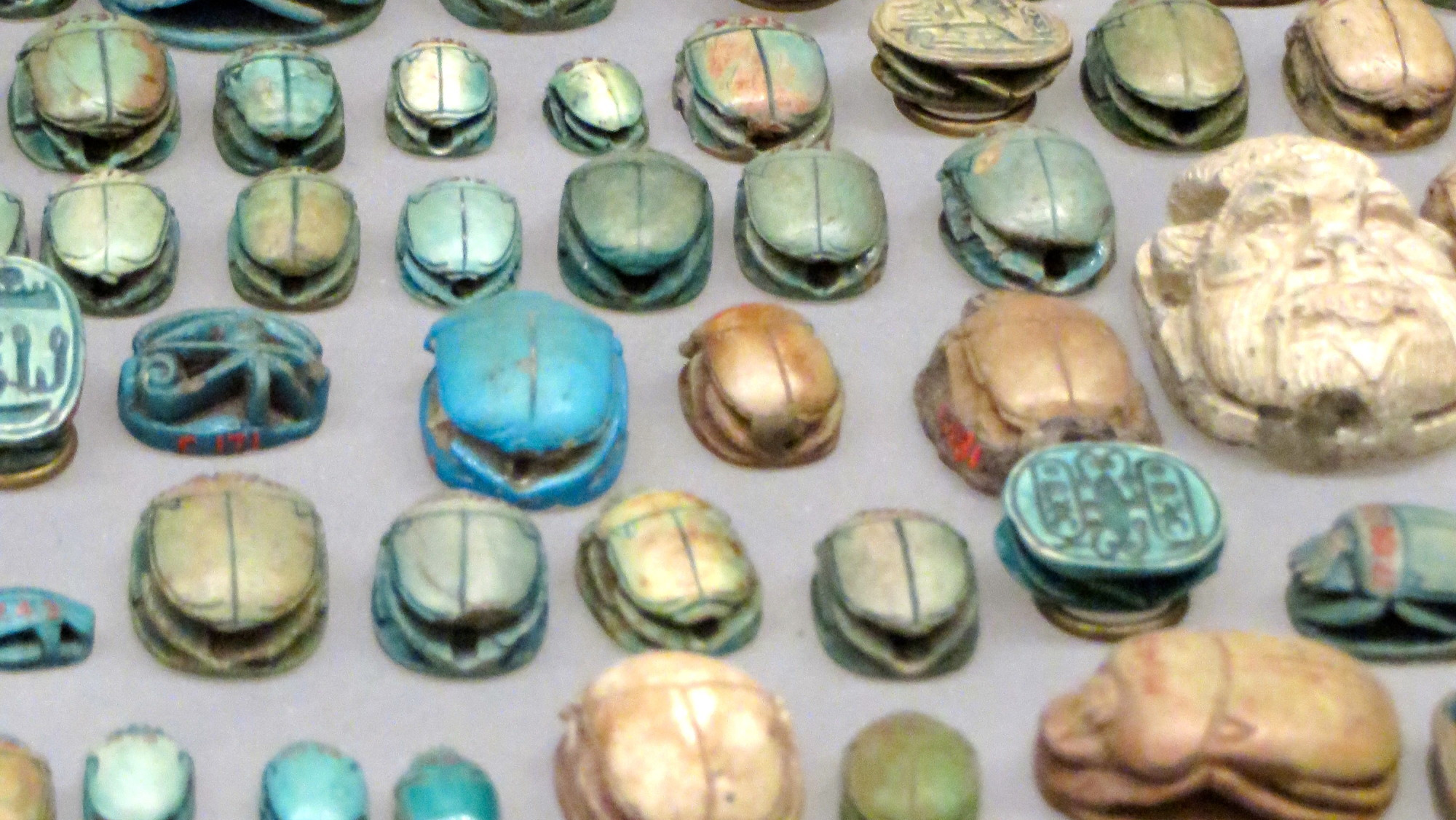 Scarab amulets, The Met.