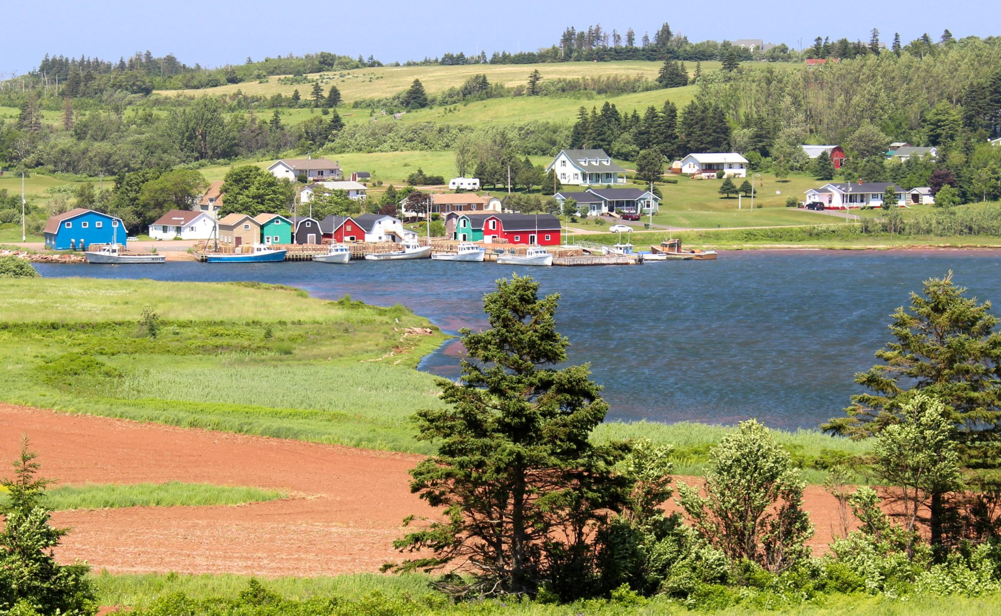 The tiny fishing village of French River.