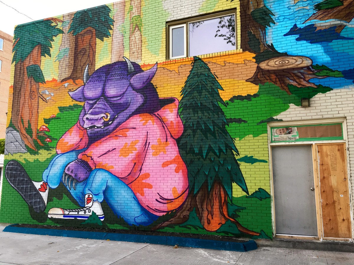 My hood's murals are better than yours.